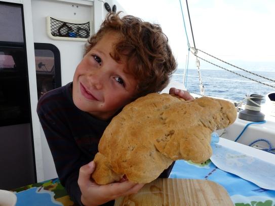 Un nouveau pain de Théo.