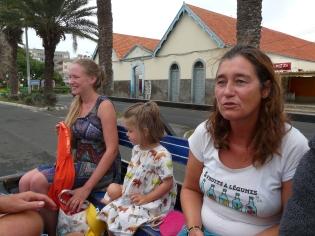 Camille, Marine et Anne.