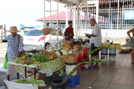 Le marché de Saint Pierre.