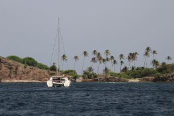 VENT D'AILLEURS devant Petit Nevis