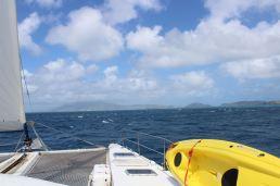 St Kitts devant nous
