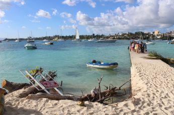 Notre annexe au ponton de l'îlet Gosier.
