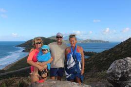 Elodie avec Lilas, Julien et moi :-)