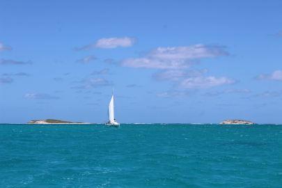 LOTUS quitte Gibb's Cay