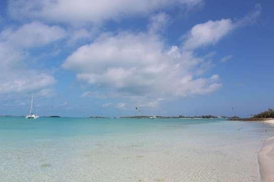 La très jolie plage de Big Major Spot, avec TEIVA en fond :-)