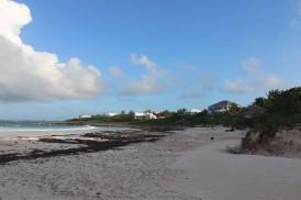 Notre plage de sable rose :-)