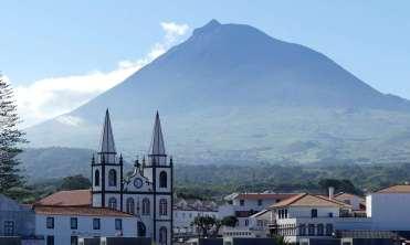 Le Pico derrière Madalena.