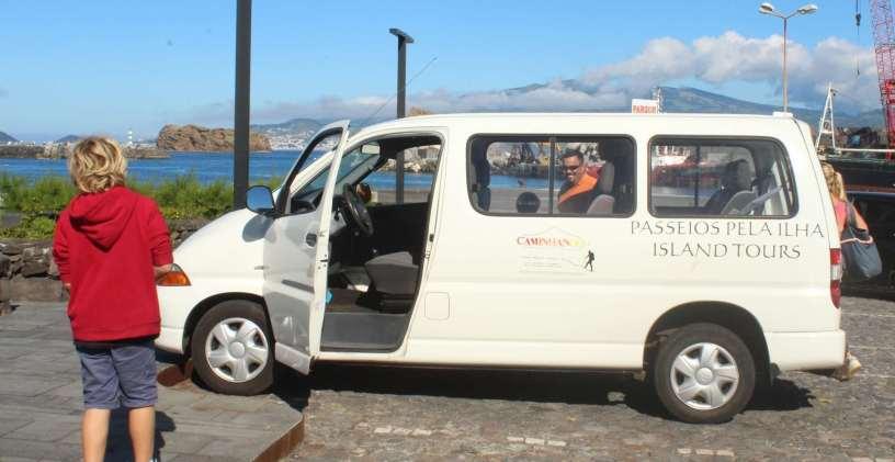 Notre carrosse et son chauffeur : Joan :-)