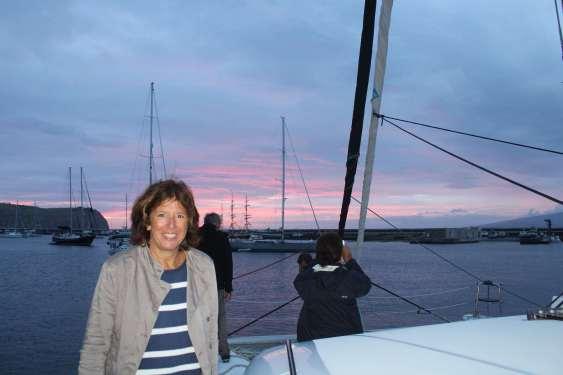 Isabelle contente de retrouver son capitaine :-)