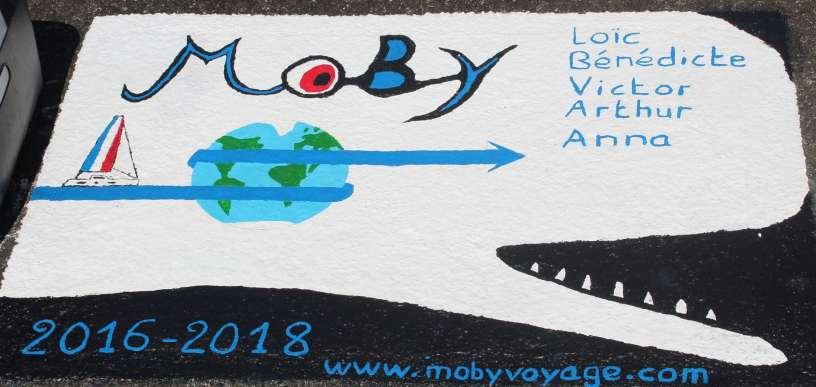 MOBY un OUTREMER 51 nouvelle génération de retour d'un tour du monde. On fait leur connaissance aux Açores après les avoir croisé deux fois aux Bahamas.