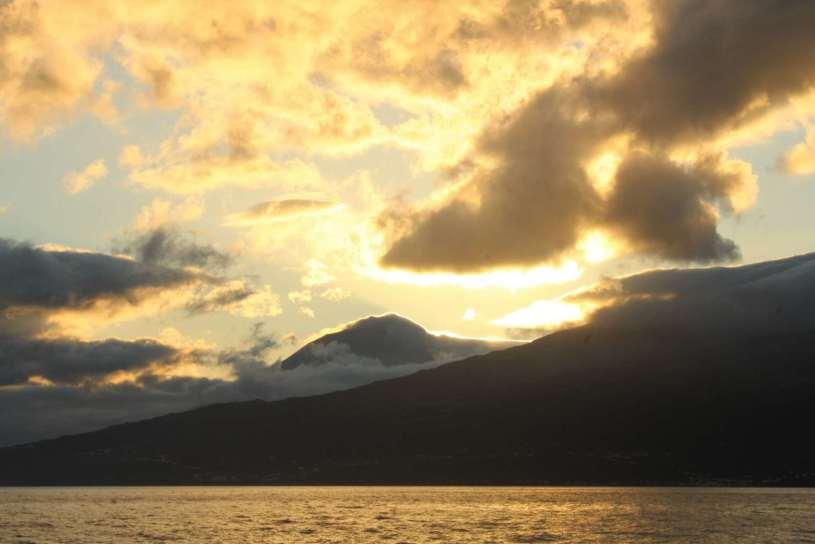 Premier coucher de soleil sur Pico;